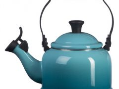 Whistling Hot Water Kettle