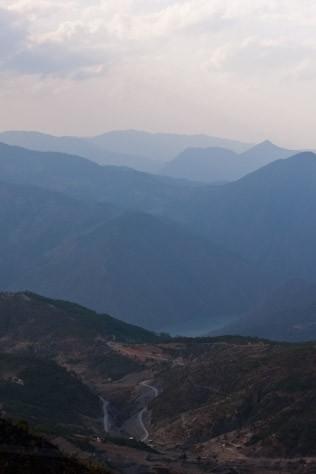 Wu Liang Mountain Range, Yunnan Photo courtesy of Hojo Ta